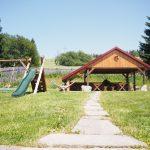 Pergola a dětské hřiště